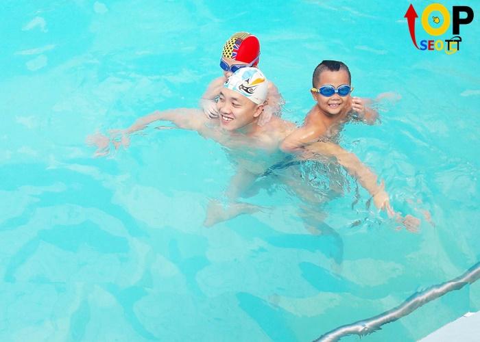 Trung tâm dạy học bơi Đà Nẵng Gold Swim