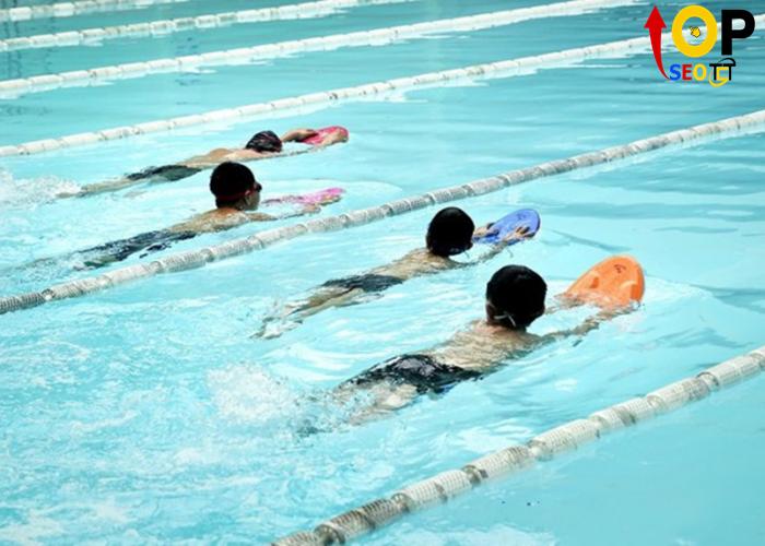 Khu Bể Bơi Thành Tích Cao